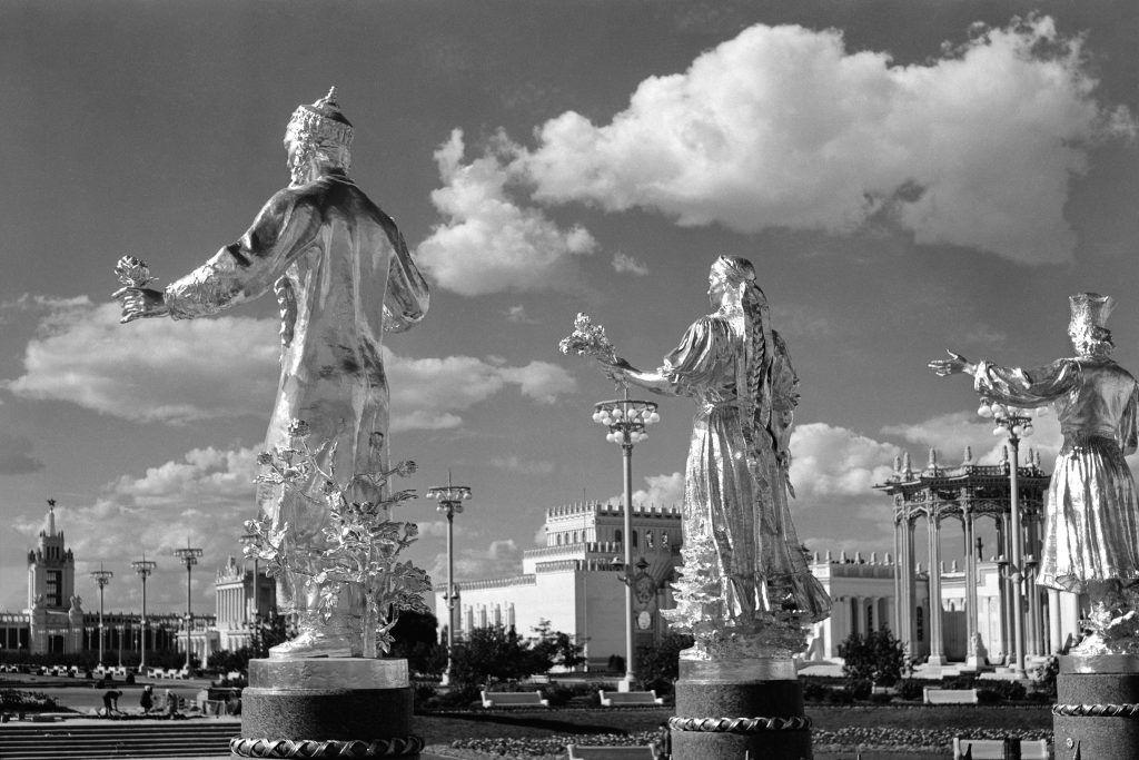 12 августа 1954 года. Фонтан «Дружба народов». Фото: Анатолий Гаранин/РИА Новости