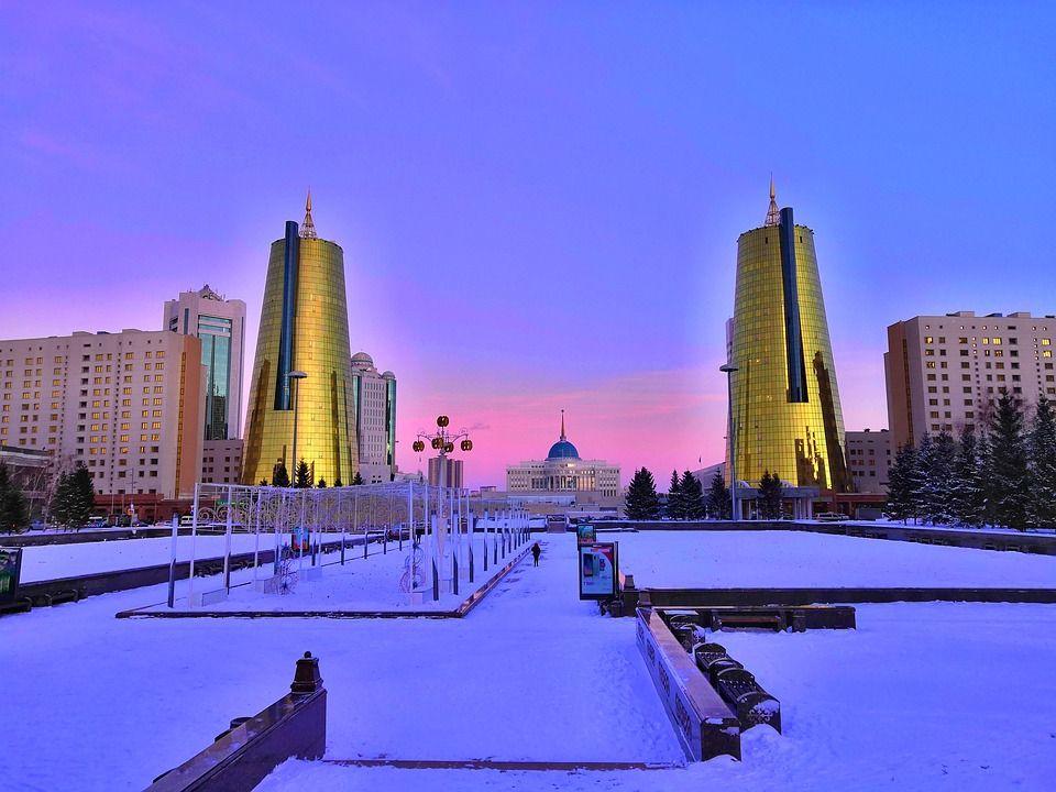 Столица Казахстана Астана. В переводе с казахского «астана» означает «столица»