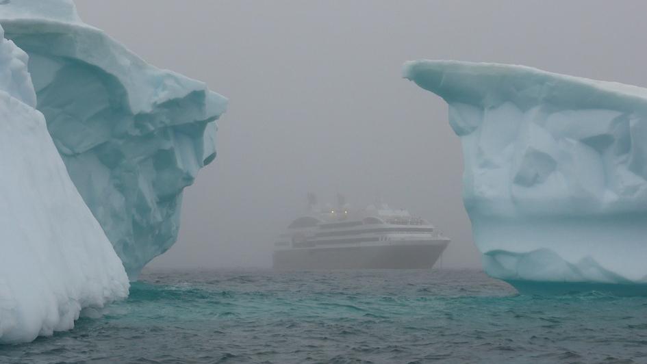 Айсберги в Антарктике. https://pixabay.com/ru