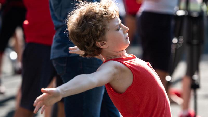 Открытая тренировка Алексея Немова в Лужниках на площадке для Workout. Ирина Хлебникова, «Вечерняя Москва»