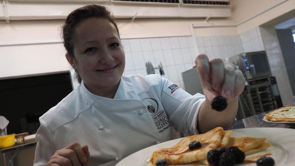Кондитер Елена Старикова показала, как приготовить самые вкусные блины. Павел Волков «Вечерняя Москва»