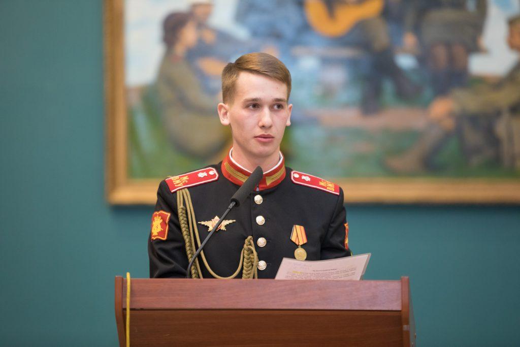 Историю семьи и Отечества обсудили суворовцы и воспитанницы Пансиона Минобороны в Музее Победы