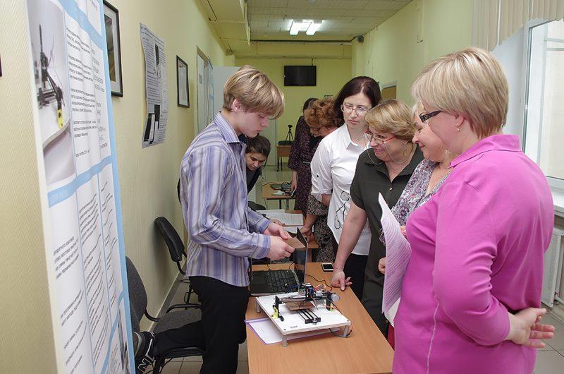 """В Школе №1537 прошел семинар """"Возможности развития среды инженерного IT-образования в современной школе"""""""