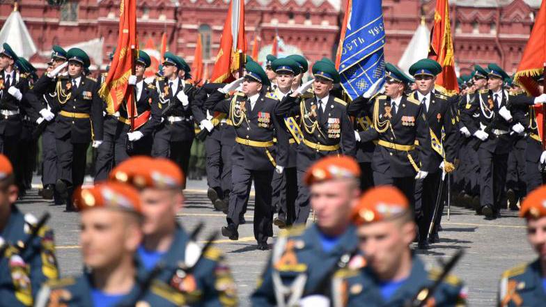 Парад ко Дню Победы на Красной площади. Владимир Новиков,