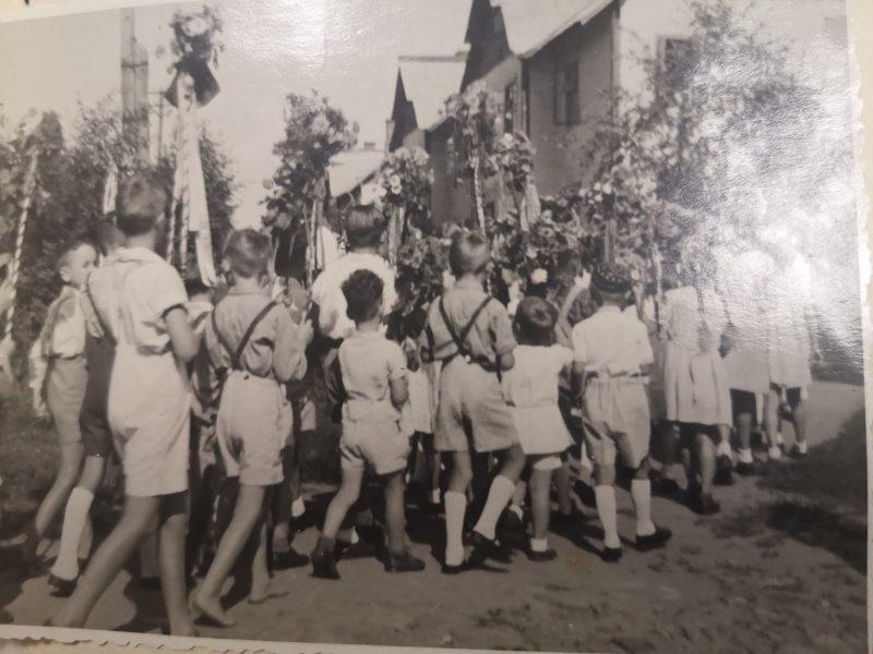 Более 180 уникальных фотографий переданы в дар Красногорскому филиалу Музея Победы