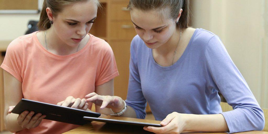 Дело в том, что все школьное обучение сейчас перестроено под ЕГЭ, практически с первого класса / Официальный сайт мэра Москвы, Mos.ru