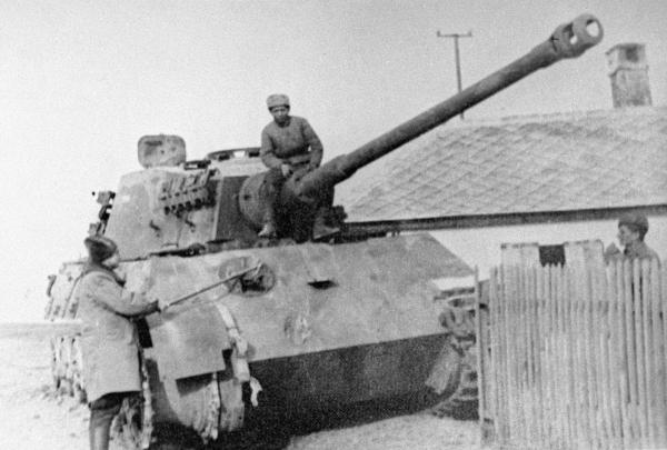 Изучение трофейного «Тигра» позволило выработать меры борьбы против таких танков, РИА Новости