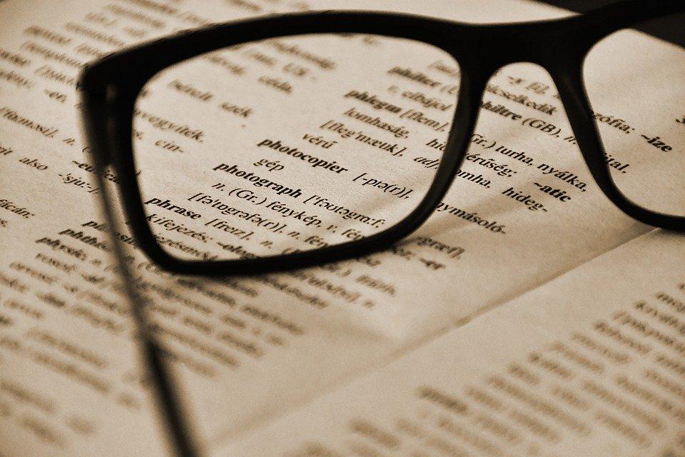 Выяснилось, что чем лучше респонденты владели иностранным языком, тем лучше они решали предложенные авторами исследования задачи, pixabay.com