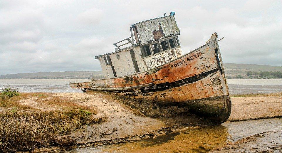 Корабль затонул у побережья города Сент-Огастин в штате Флорида, pixabay.com