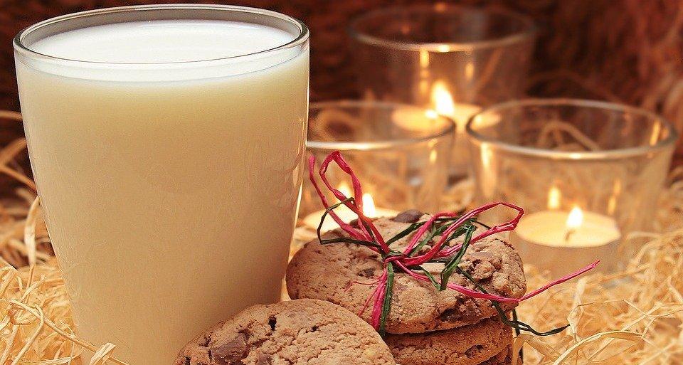 Непереносимость лактозы, молочного сахара на самом деле встречается довольно редко. Зато молоко дает и белки, и жиры, и углеводы, pixabay.com