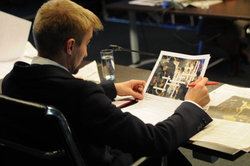 Расширяя границы учебников: проект «Пресса в образовании» представили на Фестивале прессы