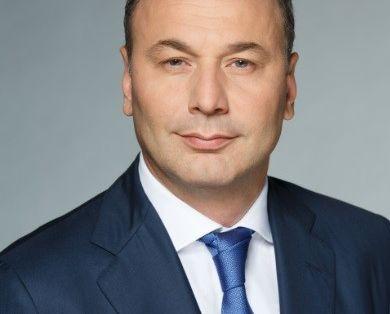 Анзор Музаев, руководитель федеральной службы по надзору в сфере образования и науки