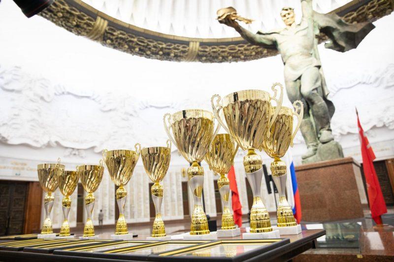 Лучших московских кадетов наградили в Музее Победы