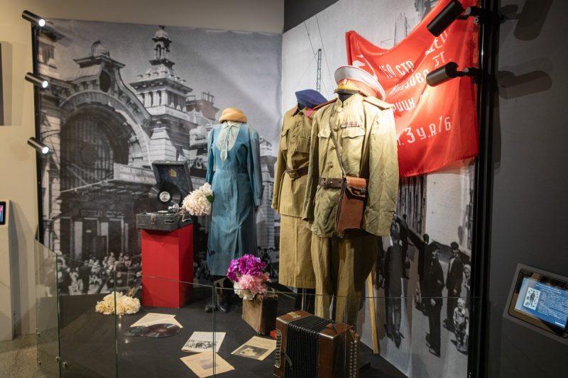Московская школа открыла выставку в Музее Победы в преддверии 9 мая